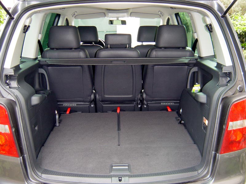 Int rieur vw touran anthracite touranpassion for Interieur fiat multipla