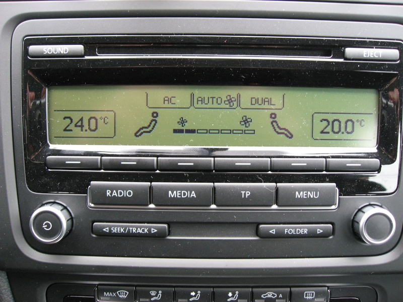 audio head units oem vw rcd 310 head unit mp3 was sold. Black Bedroom Furniture Sets. Home Design Ideas