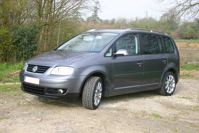 annule vends vw touran highline tdi 136 bvm6 5places 22990 touranpassion. Black Bedroom Furniture Sets. Home Design Ideas