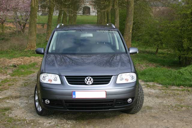 a vendre vw touran highline 2 0l tdi 136cv bvm6 5 places touranpassion. Black Bedroom Furniture Sets. Home Design Ideas