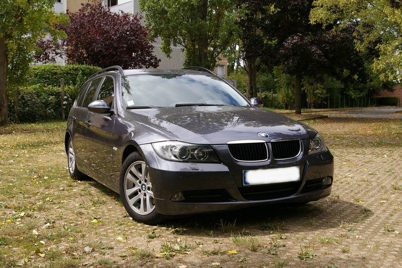 vendu bmw 320d touring e91 vs touran tdi 140 touranpassion. Black Bedroom Furniture Sets. Home Design Ideas
