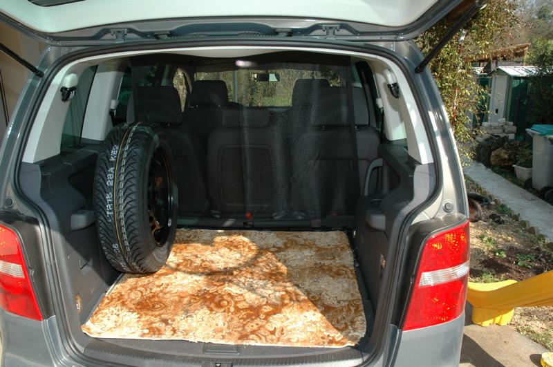 roue de secours seconde monte touranpassion. Black Bedroom Furniture Sets. Home Design Ideas